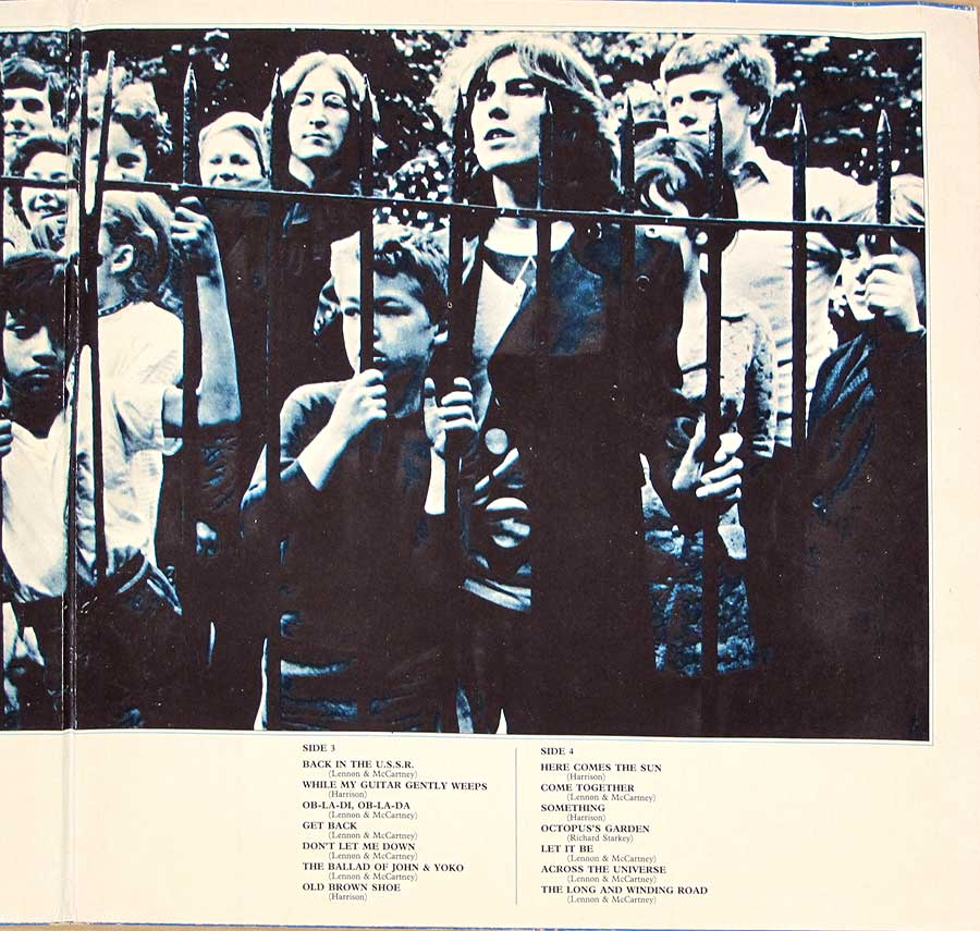 "Photo of "" BEATLES - 1967-1970 (Blue Album Cover) Gatefold"" Album's Inner Sleeve"