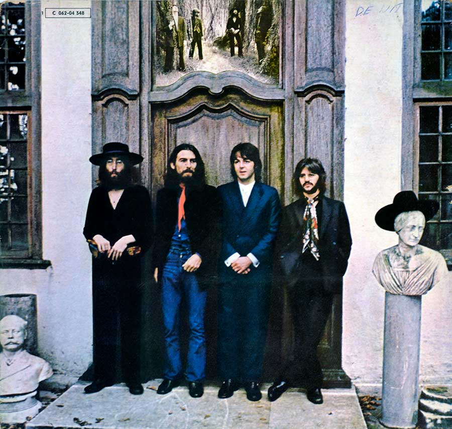 Front Cover Photo Of THE BEATLES - Hey Jude 12