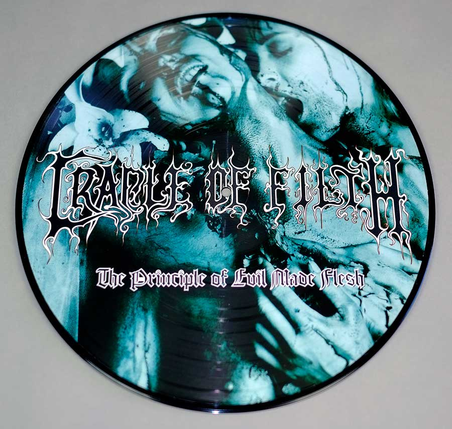 large photo of the album front cover of: CRADLE OF FILTHTHE PRINCIPLE OF EVIL