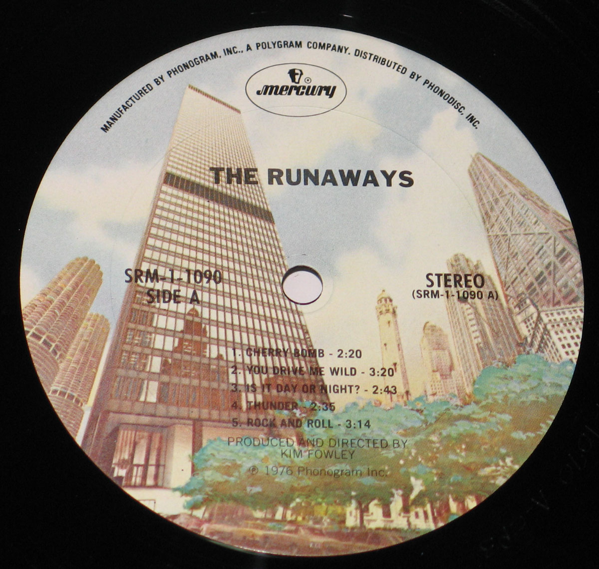 High Resolution Photo #6 RUNAWAYS The Runaways Self-titled Vinyl Record