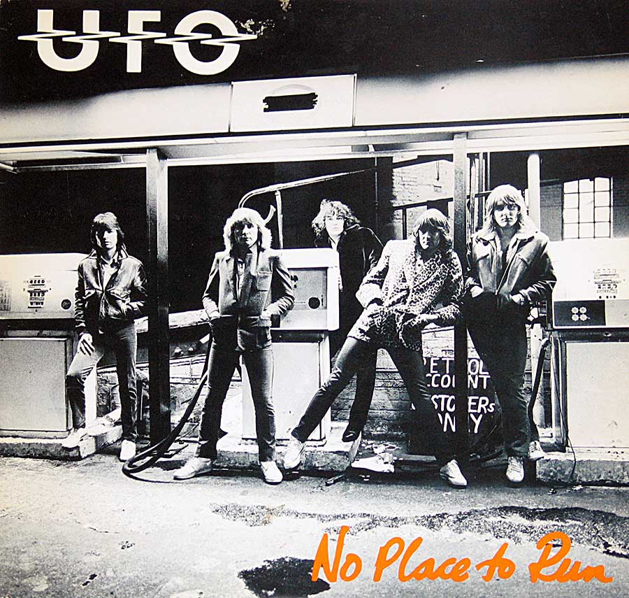 High Resolution Photos of ufo no place to run usa