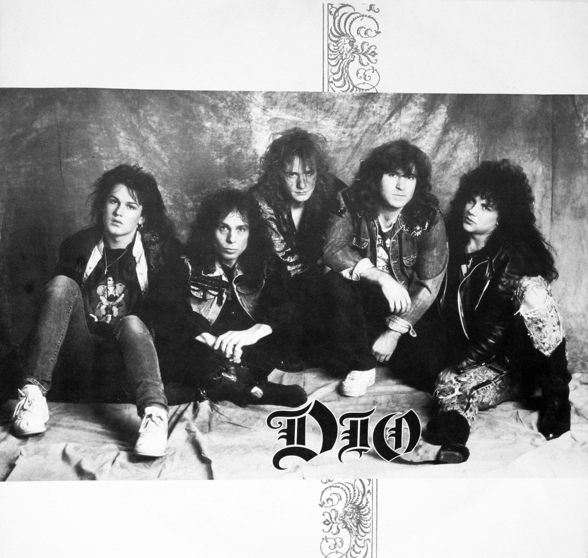 High Resolution Photo #3 DIO Lock Wolves
