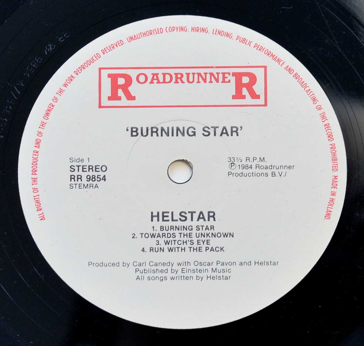 Enlarged High Resolution Photo of the Record's label HELSTAR Burning Star https://vinyl-records.nl