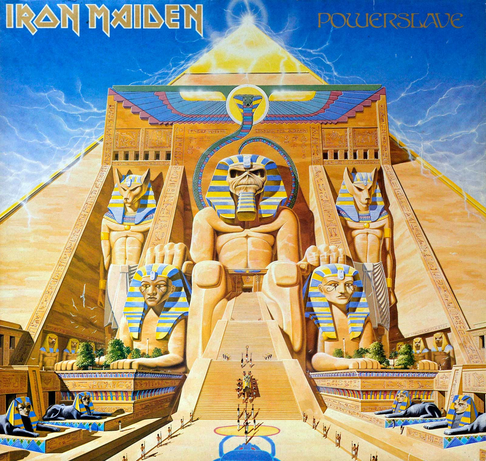 Very Large Hires Photo of Powerslave Front Cover