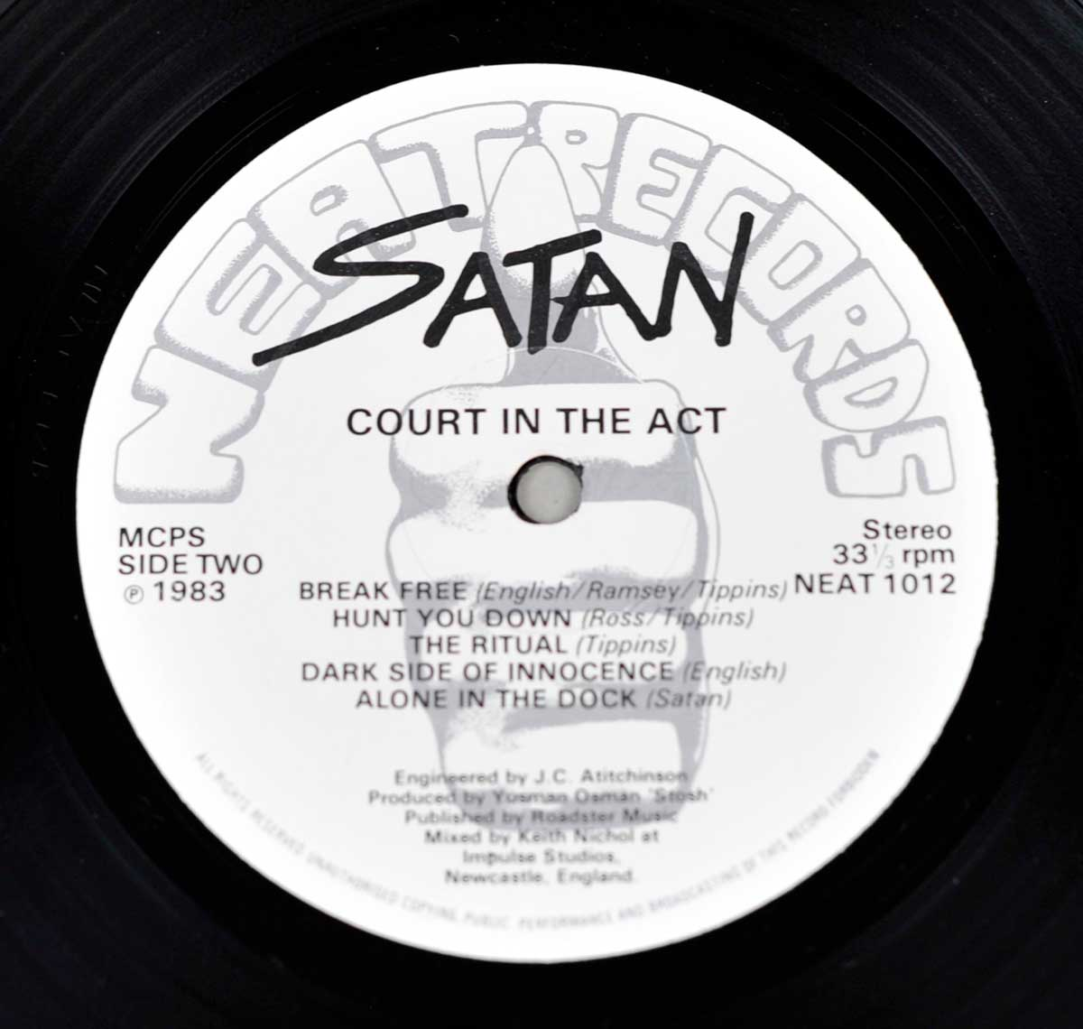 Enlarged High Resolution Photo of the Record's label SATAN Court in The Act  https://vinyl-records.nl