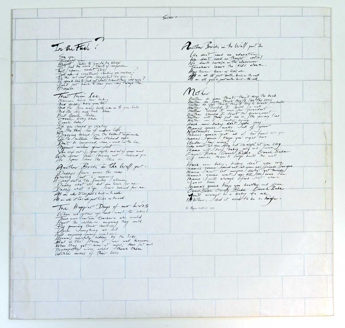 Photo of album back cover PINK FLOYD - The Wall ( The Netherlands )