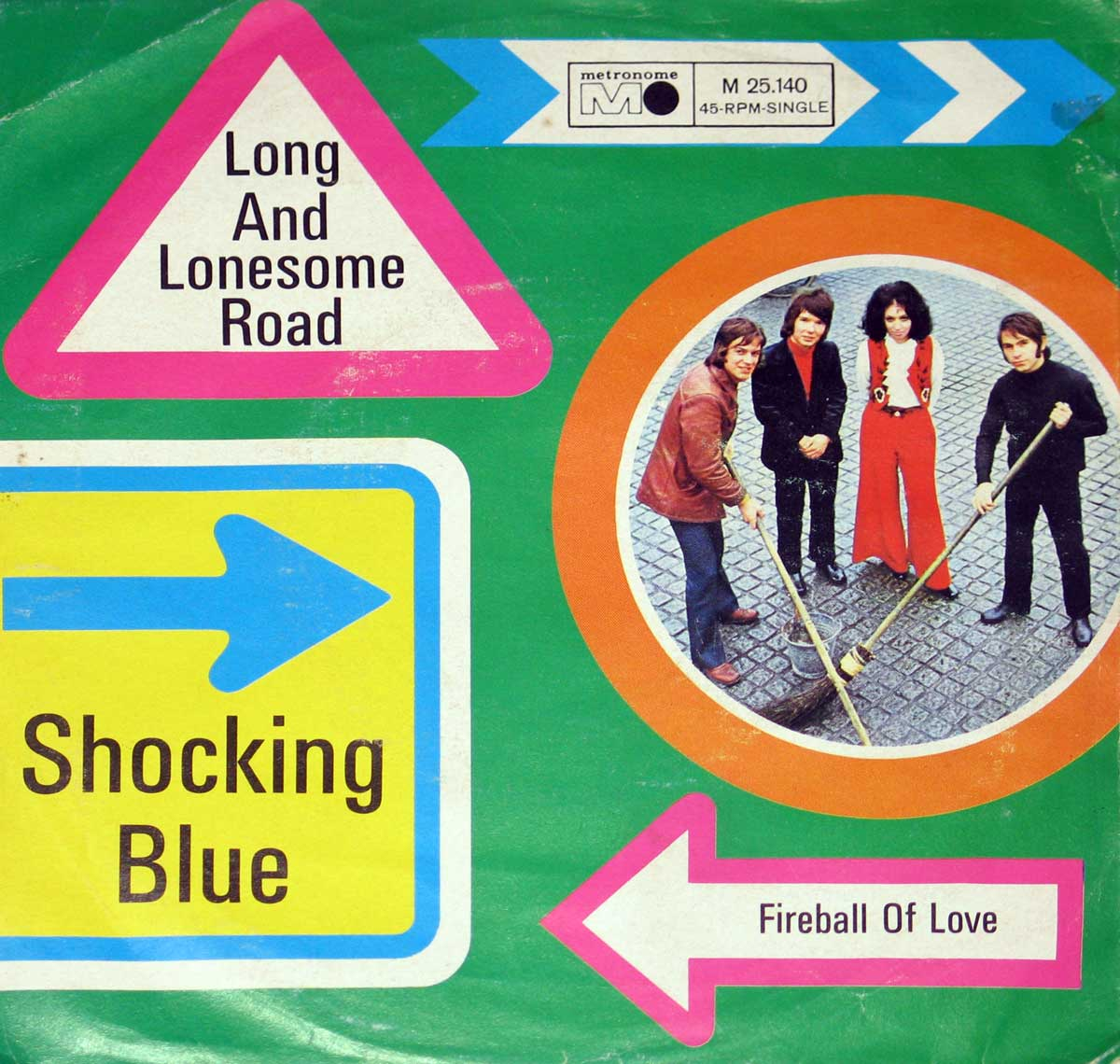 large photo of the album front cover of: Shocking Blue - Long and Lonesome Road