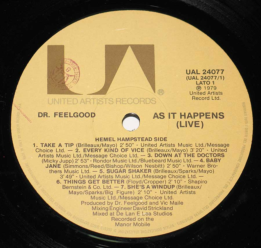 Close up of record's label DR FEELGOOD - As It Happens Live Side One