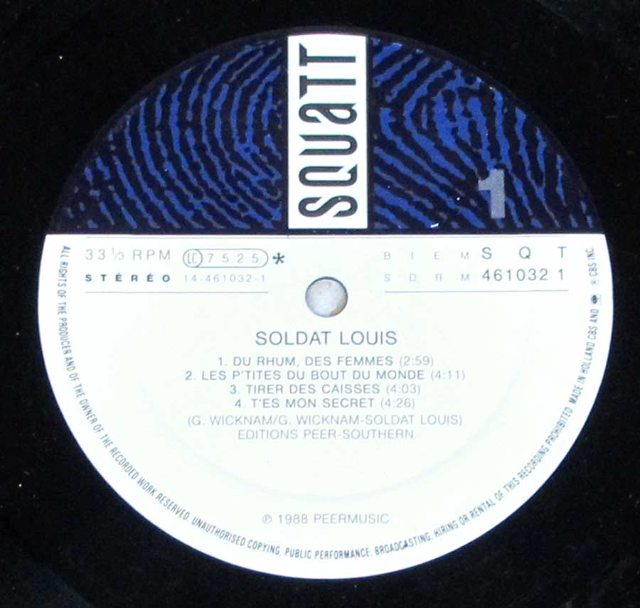 Close up of record's label SOLDAT LOUIS - S/T Self-Titled Side One